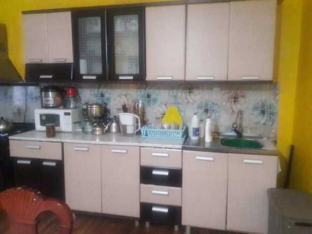 Кухонный гарнитур және прихожка