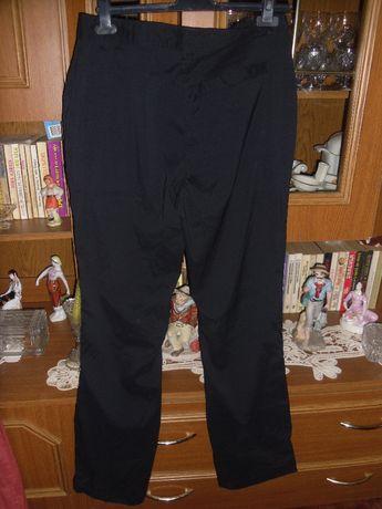 pantaloni negrii noi
