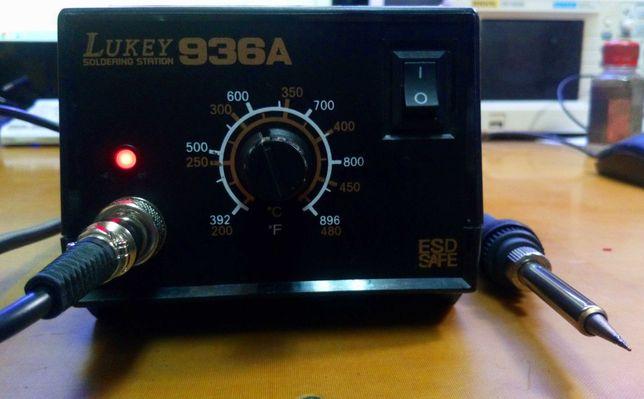 Паяльник с терморегулятором Lukey 936A