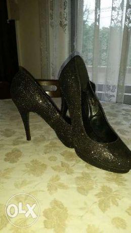 Поемам Доставката НОВИ официални обувки