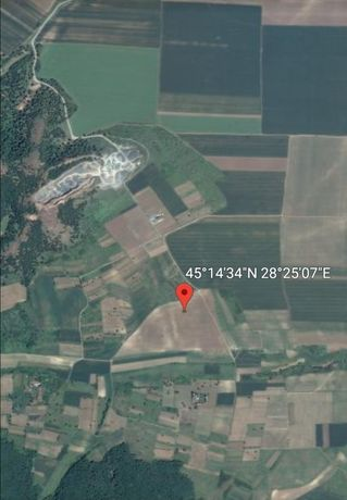 Vând teren agricol