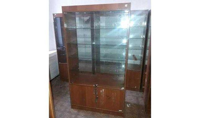 Продаются торговые витрины
