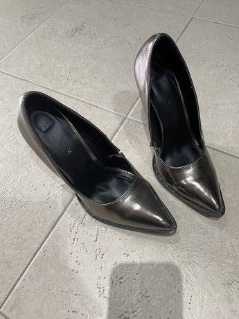 Дамски обувки на ток shoe aquarium