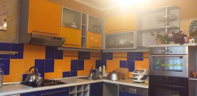 Кухонный гарнитур с посудомойкой