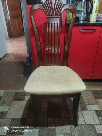 Продам стулья торг уместен