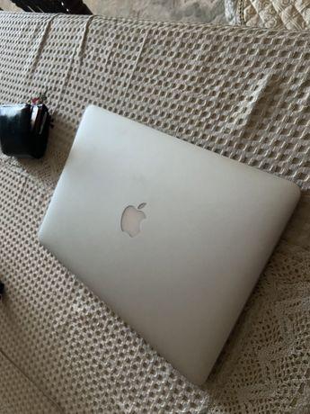 Срочно продам Macbook air 2014