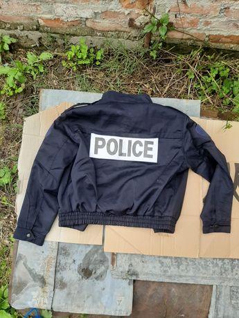 Vand pluovere 50% Lana cut si costume 43% lana, politiei Franceze