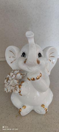 Продам керамического слонёнка на подарок