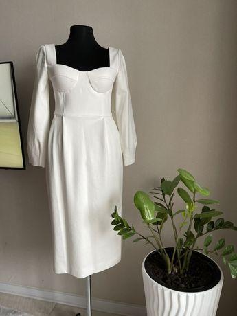 Качественное платье белое