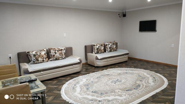 2 комнатная квартира с кондиционером, свежим ремонтом посуточно' поча