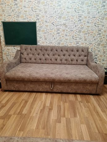 2 дивана, можно как кровать можно как диван, поднимается есть ящики, в