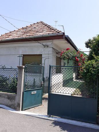 Casa de vanzare in Iris