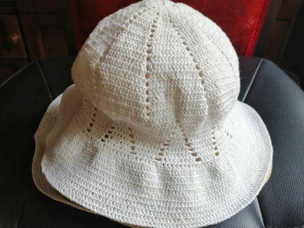 Pălărie d a m a .