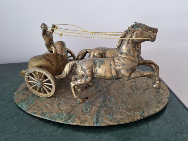 Car de lupta bronz