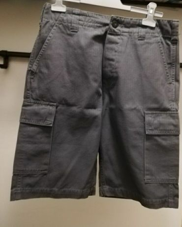 Pantaloni scurti Levi's (marimea 30) -produs nou cu eticheta