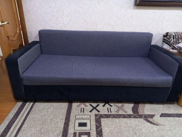 Продаётся диван в отличном состоянии
