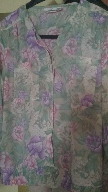 Costum damă - bluză și fustă plisată