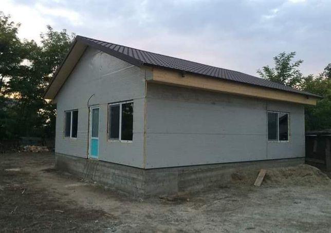 Case modulare pe fundație sau pe piloni
