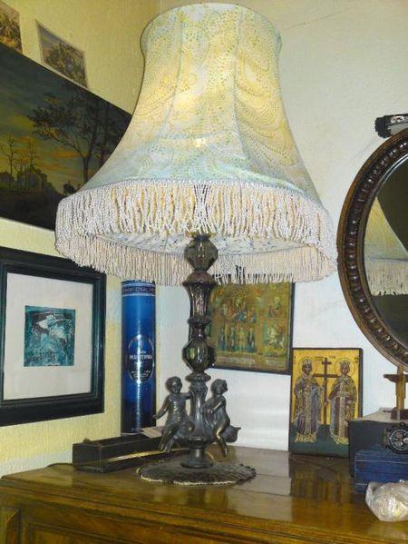 Продавам антикварна Френска лампа с бронз и кристали гр. Казанлък - image 1