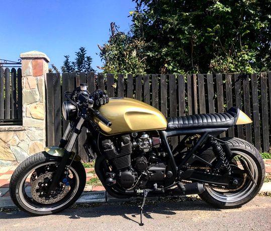 Yamaha XJR 1300 Café Racer by Ace Custom Motorcycles