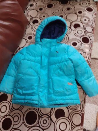 Продам зимний комбинезон,  осенний куртку.