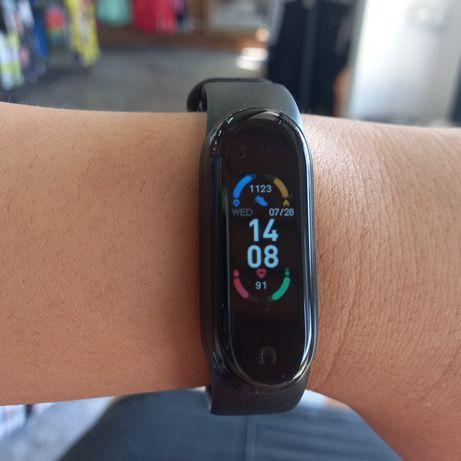 Браслет Xiaomi Mi band 6 черный