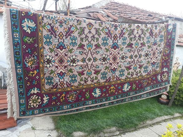 Котленски чипровски килим