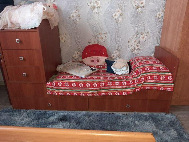 Срочно. Продаю отличную кровать. Торг
