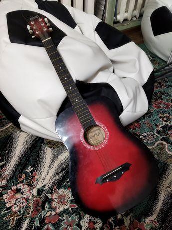 Гитара  обычная.