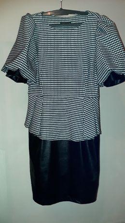 Платье вечернее привезено из Милана. Снизу изящная юбка под кожу 46-48