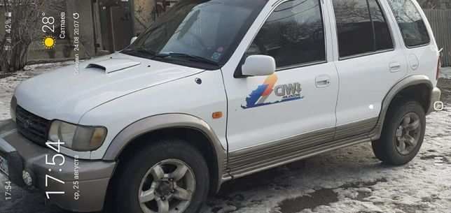 Продам машину Kia Sportage