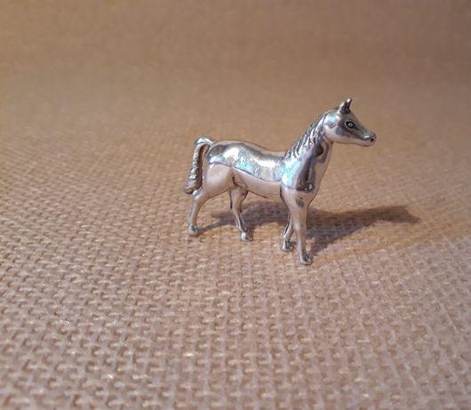 "Скульптура-сувенир ""Лошадь"". Серебро."