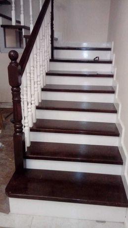 Установка лестниц. Лестница. Лестницы из металла и дерева. Монтаж