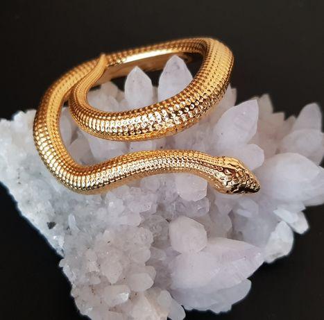 Декоративна  Змия