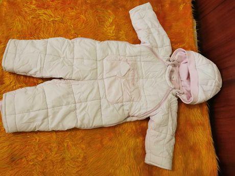 Розов космонавт 12 месеца