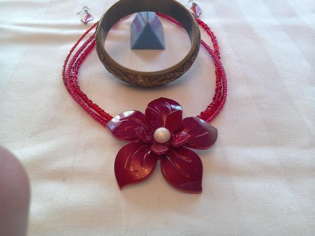 Brățară alamă în două culori + cadou un set: colier cu cercei noi
