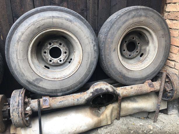 Axa remorca tractor cu roti