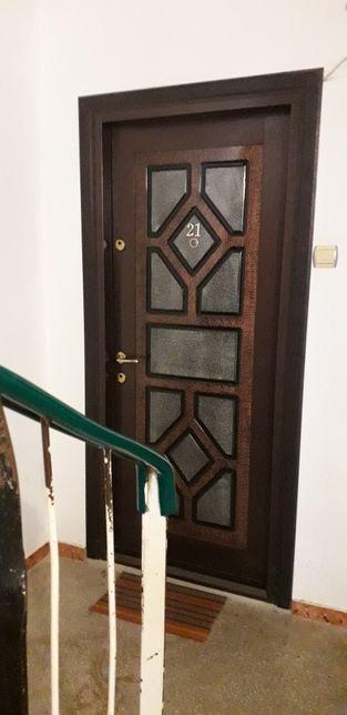 Apartament 2 camere Azuga (schim cu apartament Bucuresti.)