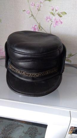 Мужская кепка, черная 58 размер , цена 3000