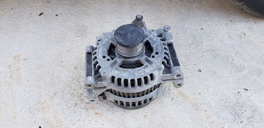 Alternator Mercedes C220 CDI C200 CDI W204 electromotor capota bara Craiova - imagine 1