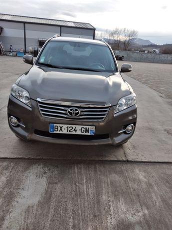 Toyota Rav4 dissel2011 motor 2.2pretul in Euro..