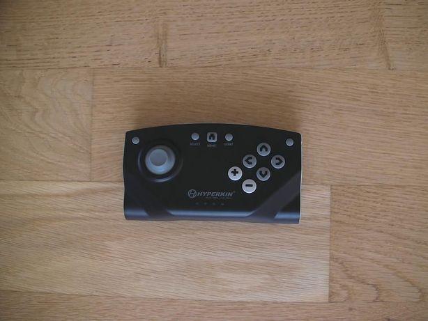 Controller maneta wireless pentru console Hyperkin Retron 5