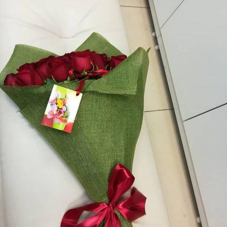Розы 25 штук 10000