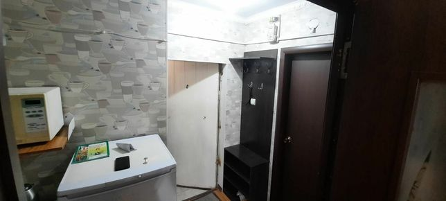 Продам 2-х комнатную квартиру 12 мкр 31 дом 1 этаж
