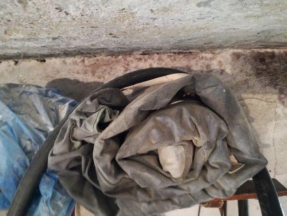 продавам военно химическо защитно облекло