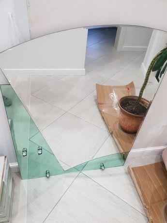 Зеркало в ванную с полочками