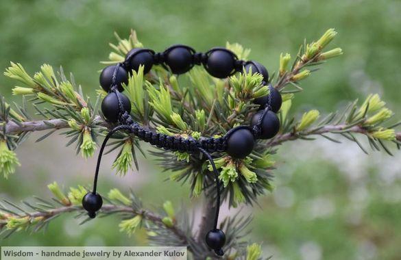 Гривни Шамбала-черен оникс! Ръчно изработени с полускъпоценни камъни!