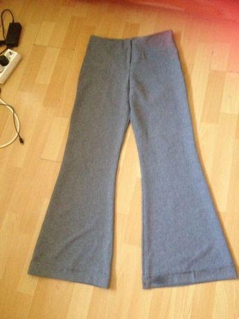Pantaloni de vara evazați mar xs sau pt vârsta de 13 ani
