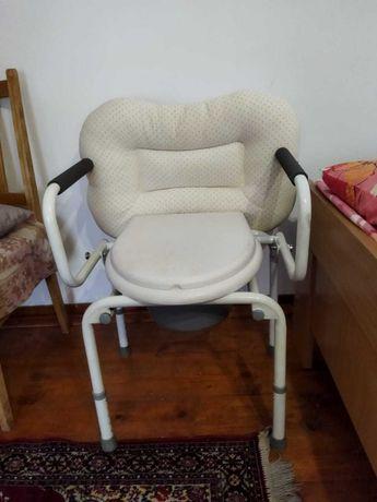 Кресло с горшком
