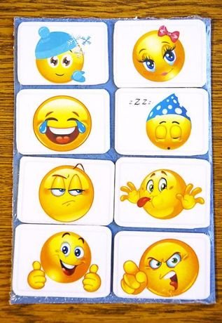 Vand set 8 bucati stickere magnetice Emoticons